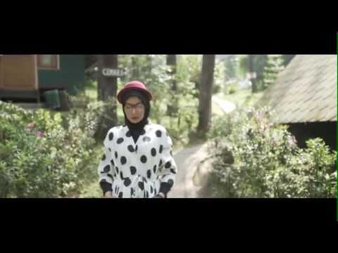 JUST YOU AND ME - DELIZIOUS DEVINA FEAT ZASKIA SUNGKAR ( Official Music Video )