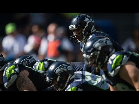 seahawks'-blair-walsh-gestures-at-bench-prompted-by-vikings'-taunts