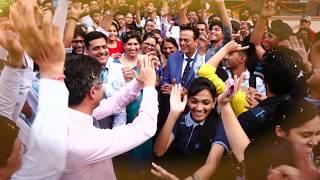 NEET 2018 result celebration at Aakash Institute, Janakpuri