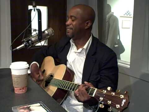 "Darius Rucker sings ""Let Her Cry"" in KFDI Studios"