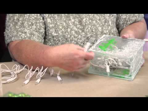 Christmas Centerpieces Made From Glass Squares : Holiday Crafts & Decorations
