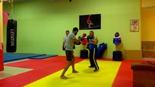 Boks antrenmanı . BJK fight club