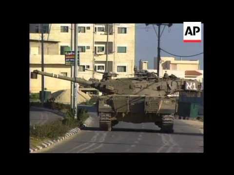Israeli Tanks Move Into Ramallah And Bethlehem