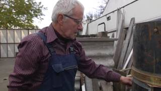 Repeat youtube video Pušnica za hladno dimljenje - prilog emisije Zlato ravnice OsTV