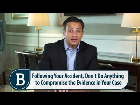 Motor Vehicle Accident Cases - RI lawyer Mike Bottaro