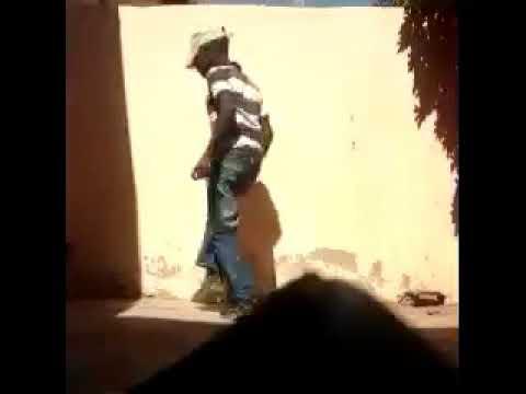 Dança de matchaze em Mozambique