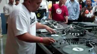 DJ SHORTKUT (BEATJUNKIES / ISP / TRIPLE THREAT DJ