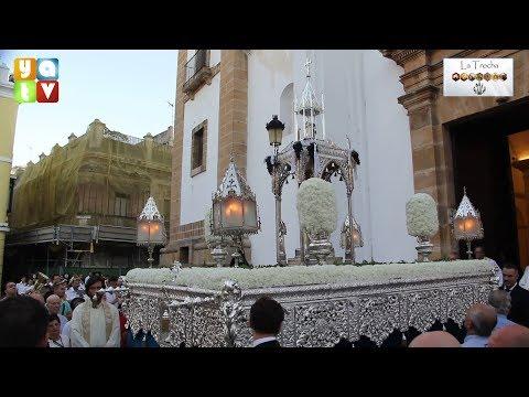 La procesión del Corpus Christi recorre las calles del centro de Algeciras