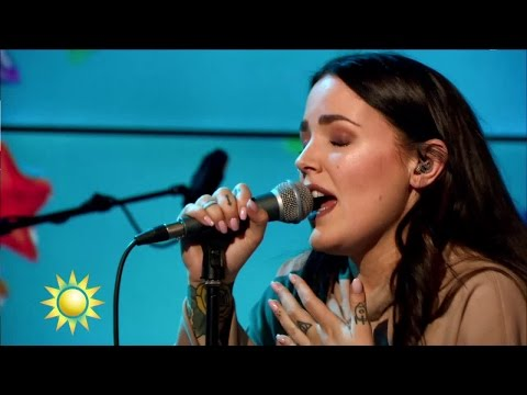 """Miriam Bryant framför """"Rockets"""" - Nyhetsmorgon (TV4)"""