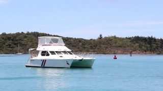 Whitsunday Rent A Yacht - Island Drifter - Venturer 38 - Motor Cruiser