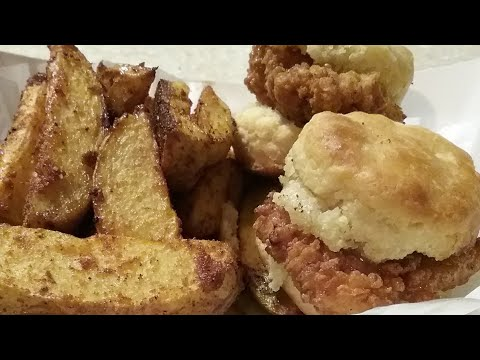 How To Make Delicious Chicken Biscuits