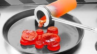 Geschmolzenes Aluminium auf Lucky Bär gekippt - Experiment