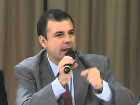 Diálogo Maduro-Oposición: Palabras de Roberto Enriquez