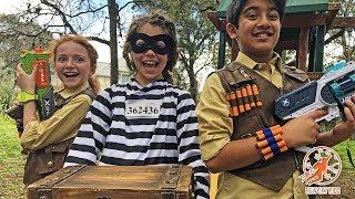 Treasure Hunter Kids 5 - The Museum Thief, The Pool and The Treasure