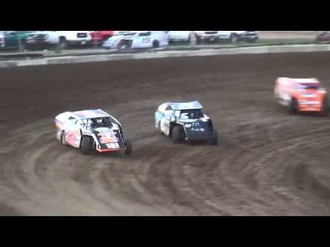 IMCA Modified Heats Independence Motor Speedway 8/20/16