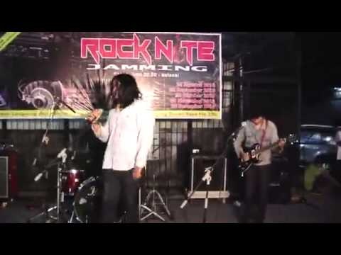 (The Dirty Mac - Yer Blues) cover by Doodlers & The Tommy Gun @ Radio MSTRI FM Rocknite Jamming II