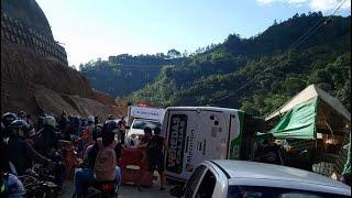 Grave accidente en vía del municipio de Caldas, Antioquia, deja un muerto y 20 heridos