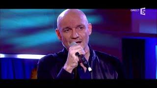 Le live : Gaëtan Roussel rend hommage à Johnny - C à Vous - 06/12/2017
