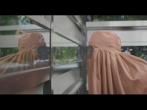 "Paisley ""Hide"" Burqa Commercial"