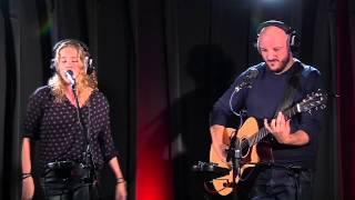 Laura Tesoro - Chandelier (live bij Q)