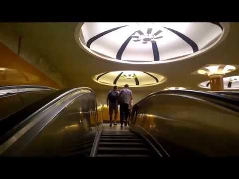 Самая глубокая станция метро в Москве - Парк Победы