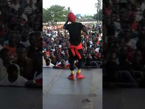 Strenger boy Tz  performing  in university  Dar es salaam