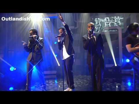 Aicha-Outlandish(Live Performance) HD