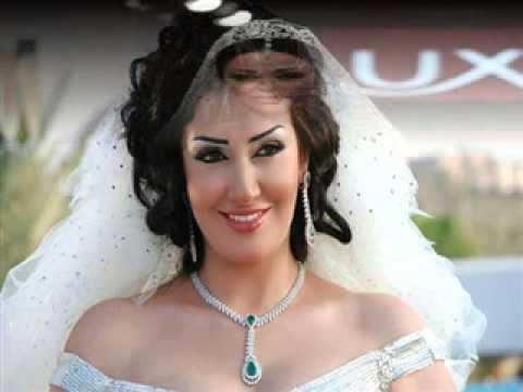 bae7e2cdc  فساتين زفاف فخمة للفنانات بالصور فساتين زفاف الفنانات العرب عالموضة -  YouTube