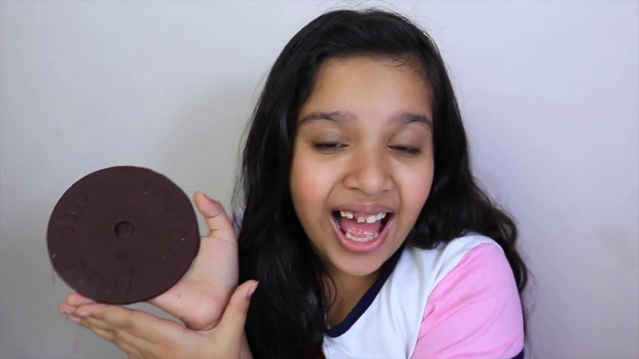 الاكل الحقيقي ضد شكولاتة شفا  하이유의 초콜릿 화장품 챌린지 Edible Lipstick Candy Chocolate Makeup Challenge
