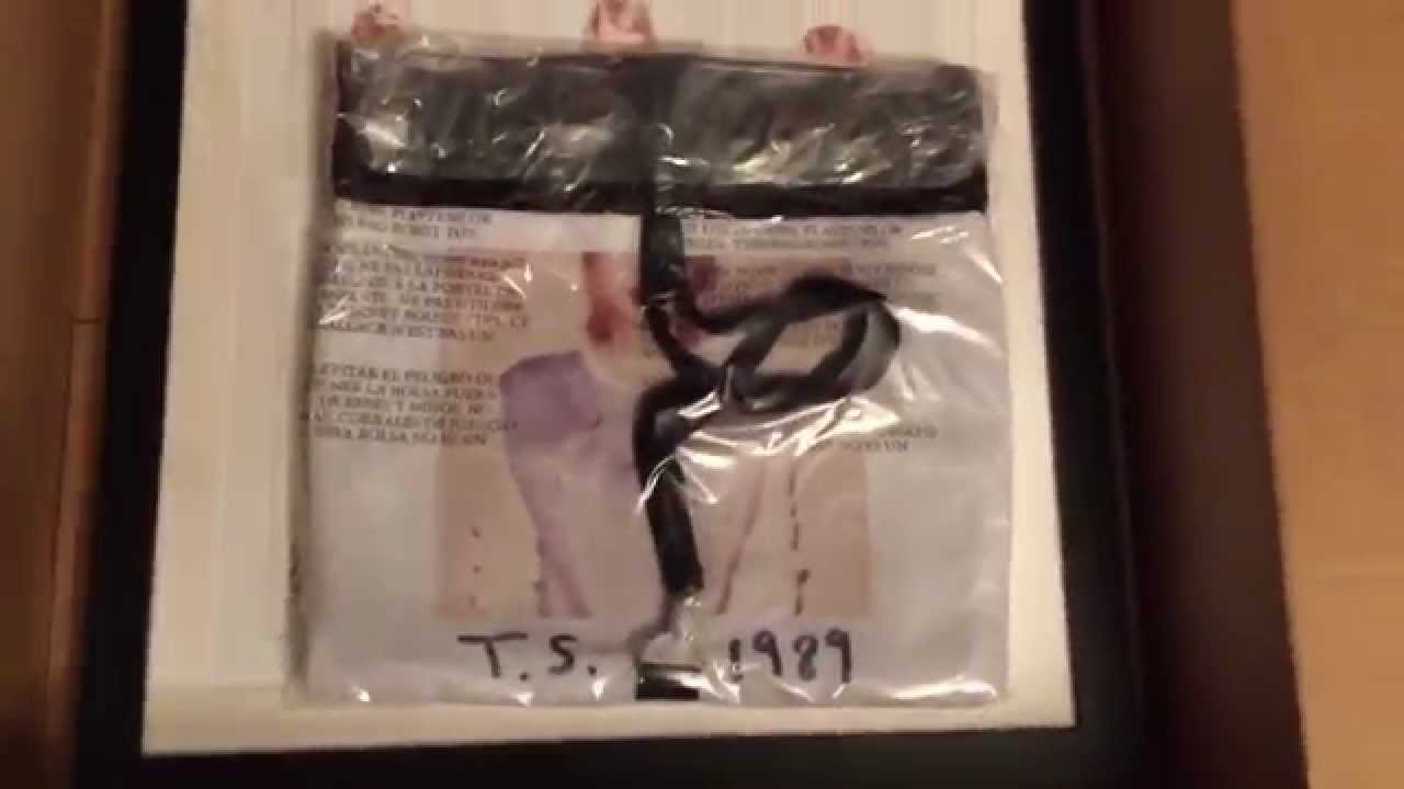 Taylor swift 1989 large package unboxing youtube m4hsunfo