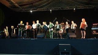 Eric BOUVELLE et tous les jeunes musiciens Onet le Chateau oct 2017