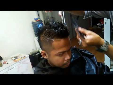 Potong rambut spike