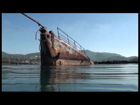 Смотреть Авачинскую бухту чистят от судов онлайн