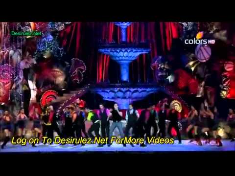 Salman Khan Performance At Golden Petal Awards 2011