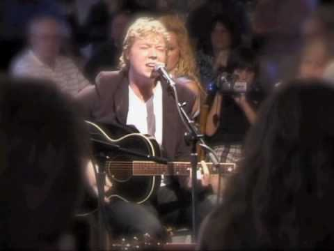 """Born To Be Free"" - Ladd Smith - May. 2009 - Live at The Bluebird Cafe"
