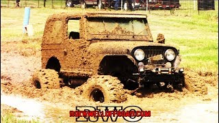 SMALL TIRE TRUCKS GETTING DOWN IN THE MUD!!!