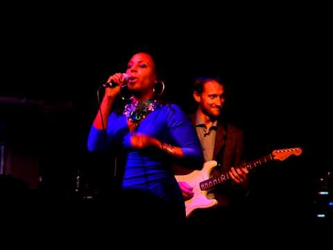 Adriana Evans - Love is all around - Live in London June 2011