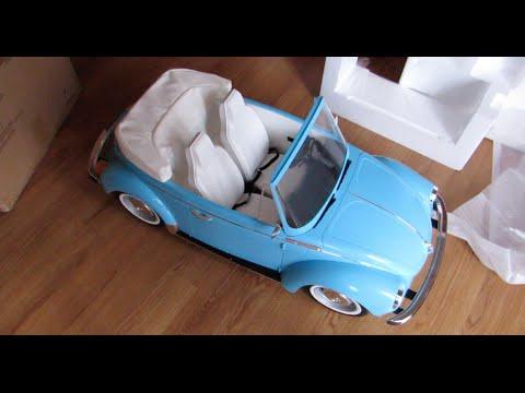 Opening American Girl Julie's Car Wash Set!