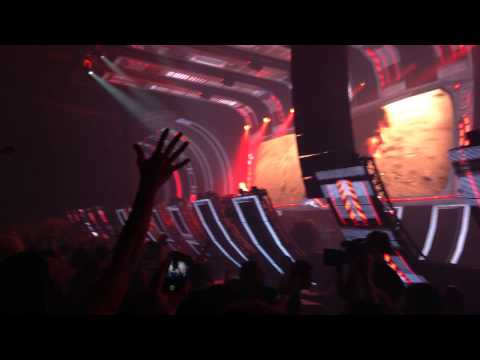 Dash Berlin - Rigby - Earth Meets Water @ A state of trance 650 (Utrecht)