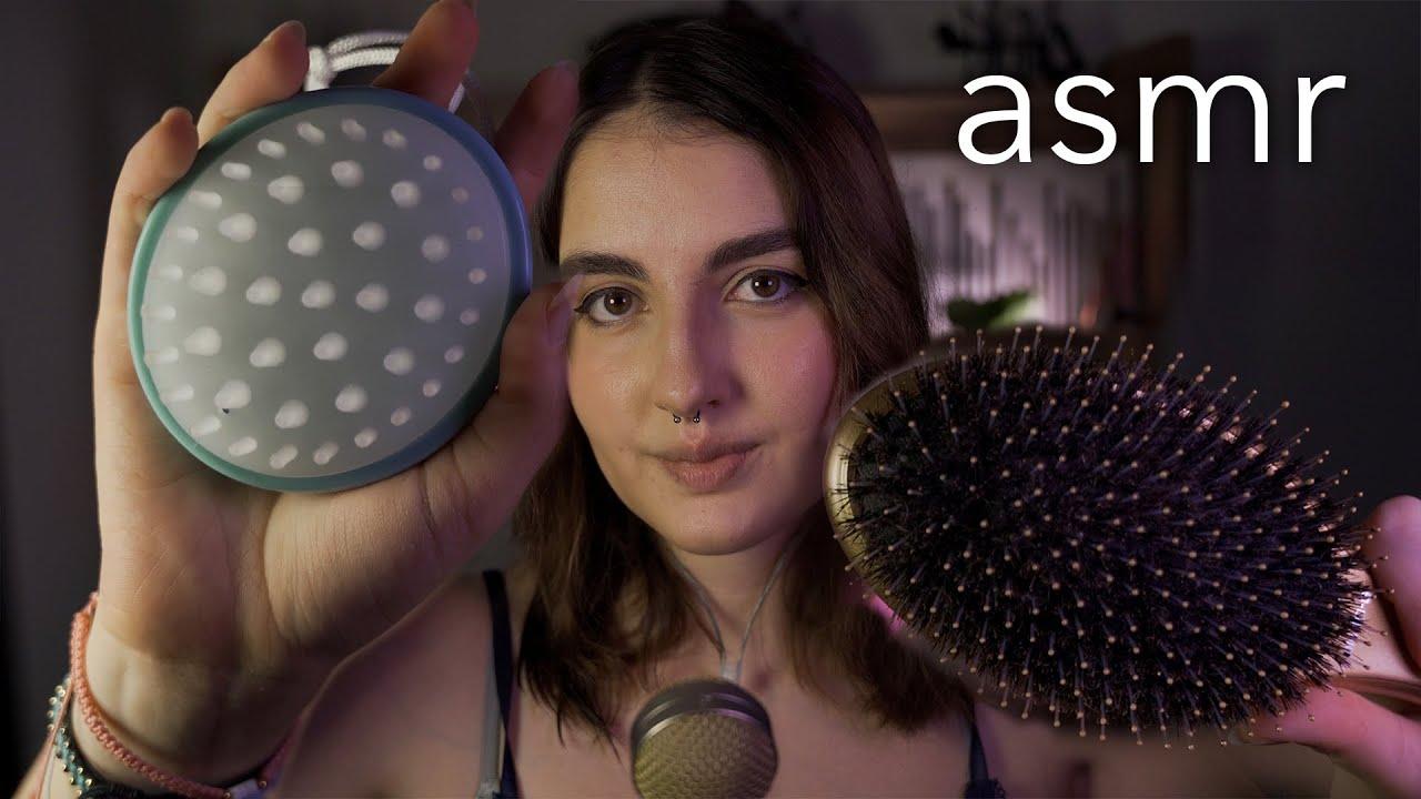 asmr en español - mi ASMR FAVORITO! (atención personal, toco tu carita, te peino) - Ale ASMR :)