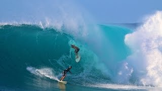 Surfing Hawaii Outer Island