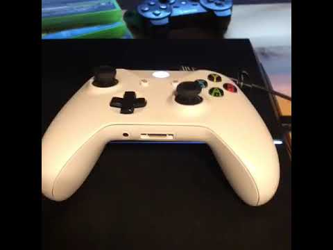 How to connect a Xbox One controller to a PS4 with USB