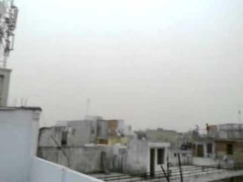 Heavy wind in Delhi