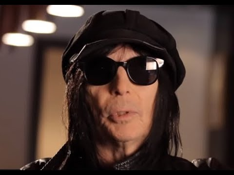 "MÖTLEY CRÜE guitarist Mick Mars update on anticipated new solo album.. w/ ""Talking Metal"" posted"