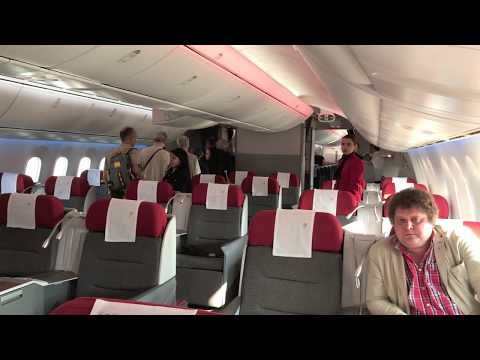 LATAM LA841 Santiago (SCL)-Easter Island (IPC) Business Class Flight Review