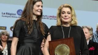 Catherine Deneuve : ses touchantes confidences sur ses enfants