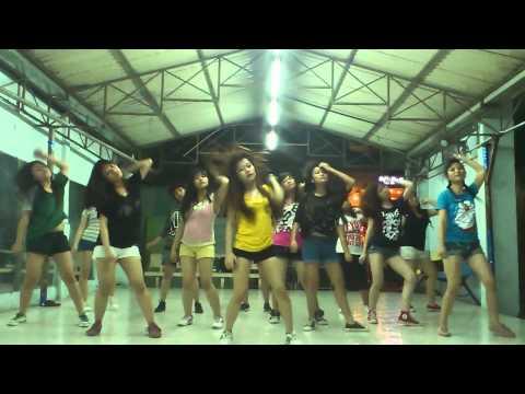Lop hoc nhay hien dai Binh Thanh - I Love You - 2NE1 [BoBo