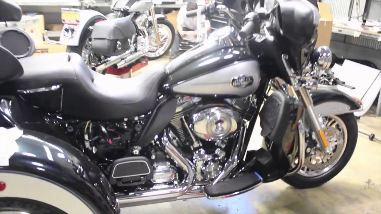 2013 Harley Davidson Tri Glide Ultra Classic First Look At Harley Davidson S 2013 Trike Youtube