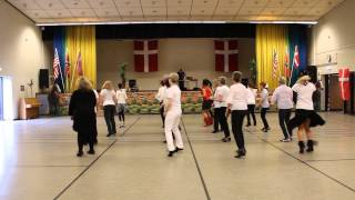 Nimby, Linedance af: Nostalgi/Evergreen Hold 3, Opvisning afslutningsfest maj 2015