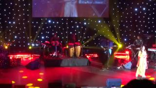 Kumar Sanu & Alka Yagnik LIVE in London 2014 - Part 13 of 23 - Raah Mein Unse Mulaqat - VIJAYPATH